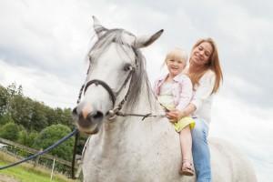 Das Glück der Erde liegt auch auf dem Rücken der Pferde