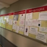 Infowand im Foyer / UNIVITA Gut Holmecke