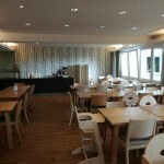 Speisesaal mit Panoramafenstern / UNIVITA Gut Holmecke
