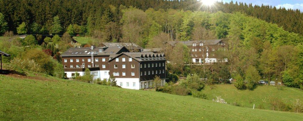 Gut Holmecke - Gutshofgebäude